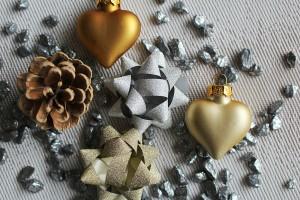 christmas-decorations-560903_1920